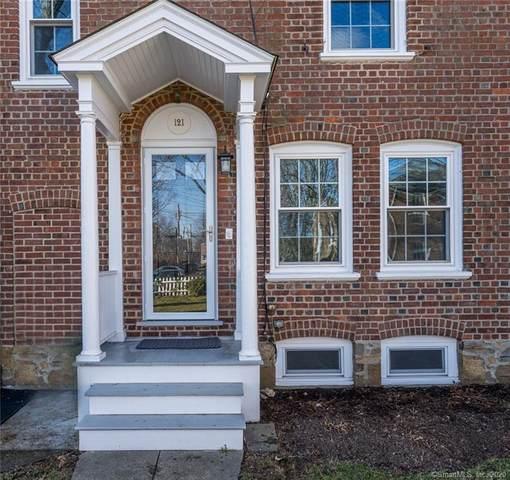 121 Roanoke Avenue, Fairfield, CT 06824 (MLS #170361479) :: Around Town Real Estate Team