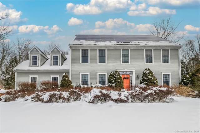 4 Rocky Wood Drive, Newtown, CT 06482 (MLS #170362493) :: Tim Dent Real Estate Group