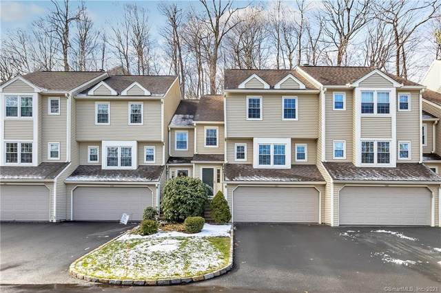 137 Governor Trumbull Way #137, Trumbull, CT 06611 (MLS #170362929) :: Around Town Real Estate Team