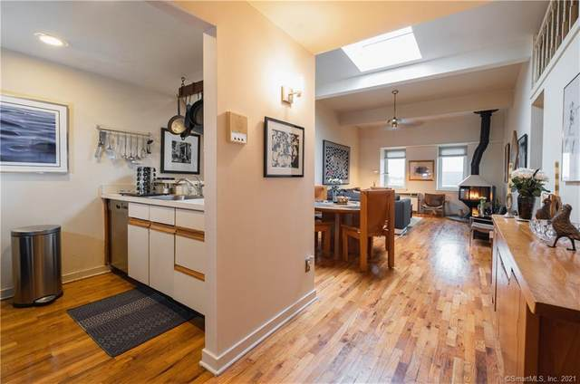 42 S Main Street #302, Norwalk, CT 06854 (MLS #170363288) :: Around Town Real Estate Team