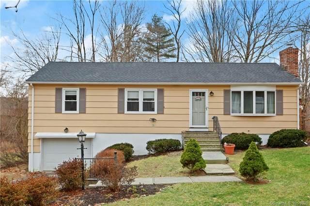 5 Little Brook Lane, Newtown, CT 06470 (MLS #170363334) :: Around Town Real Estate Team