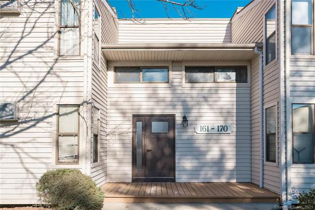 165 Woodland Drive #165, Cromwell, CT 06416 (MLS #170364122) :: Mark Boyland Real Estate Team
