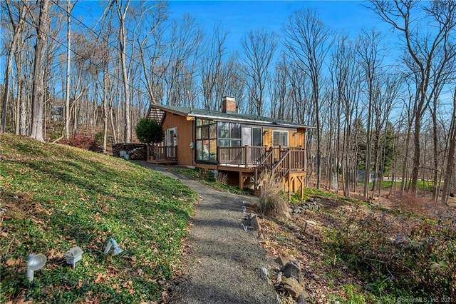 3003 Long Hill Road, Guilford, CT 06437 (MLS #170364330) :: Around Town Real Estate Team