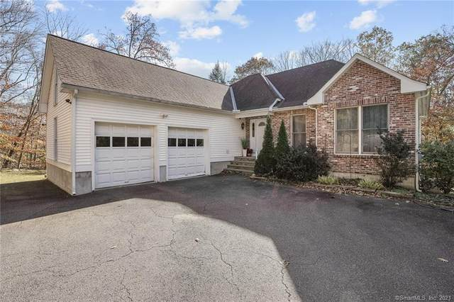 10 Tiffany Lane, Weston, CT 06883 (MLS #170365248) :: Team Feola & Lanzante | Keller Williams Trumbull