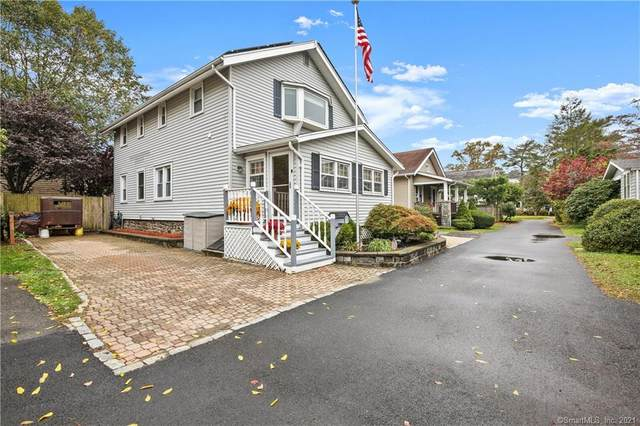 5 Relay Court, Greenwich, CT 06807 (MLS #170365427) :: Mark Boyland Real Estate Team