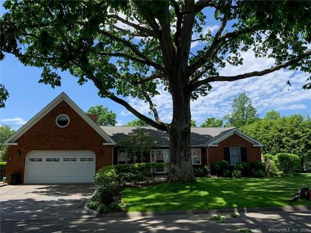195 Knollwood Drive, Stratford, CT 06614 (MLS #170366205) :: Cameron Prestige