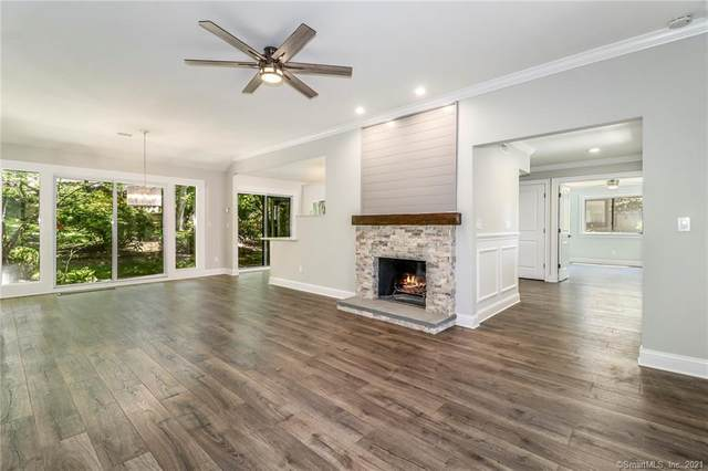 733 Heritage Village B, Southbury, CT 06488 (MLS #170366479) :: Around Town Real Estate Team