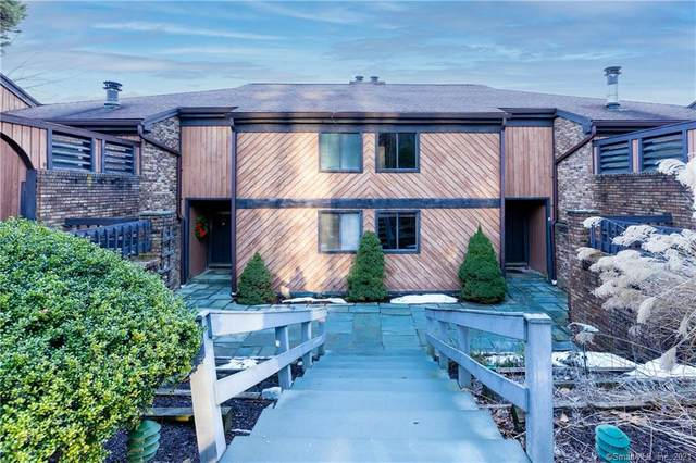 21 Hearthstone Drive #21, Brookfield, CT 06804 (MLS #170366661) :: Sunset Creek Realty