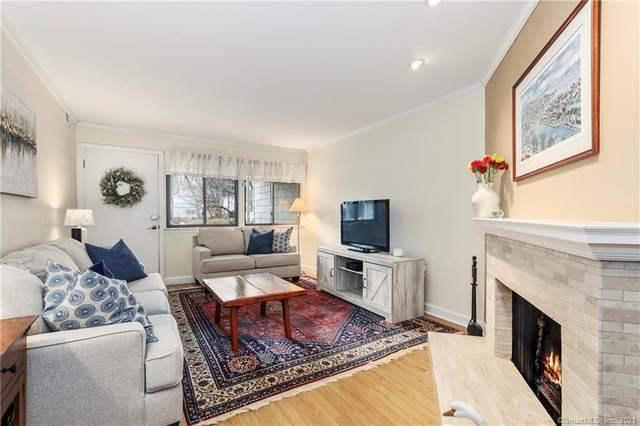 52 Rowayton Woods Drive #52, Norwalk, CT 06854 (MLS #170366824) :: Galatas Real Estate Group