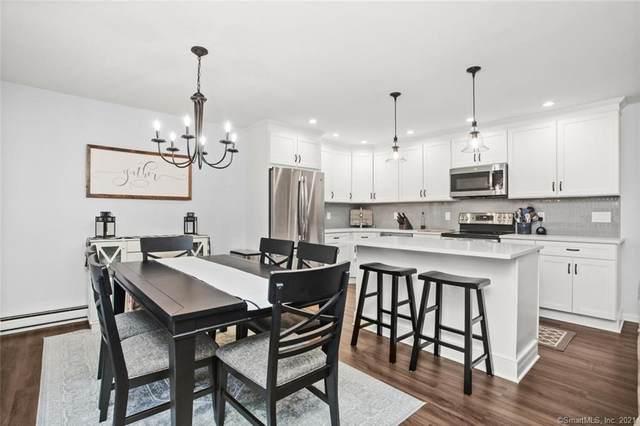 255 Strawberry Hill Avenue D10, Stamford, CT 06902 (MLS #170366909) :: Carbutti & Co Realtors