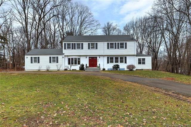 42 Tumblebrook Road, Woodbridge, CT 06525 (MLS #170367171) :: Carbutti & Co Realtors