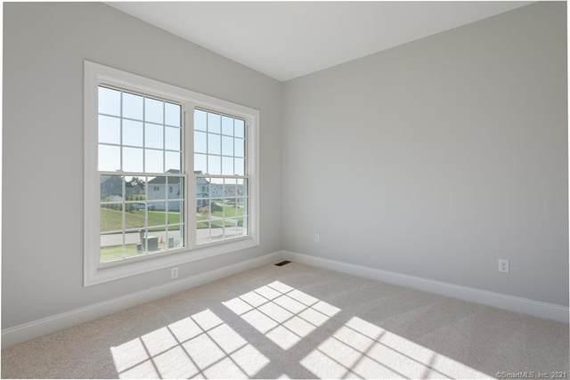 25 Arbor Crossing, East Lyme, CT 06333 (MLS #170367189) :: Forever Homes Real Estate, LLC