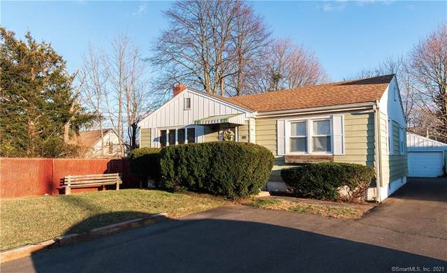 527 Jones Hill Road, West Haven, CT 06516 (MLS #170367274) :: Mark Boyland Real Estate Team