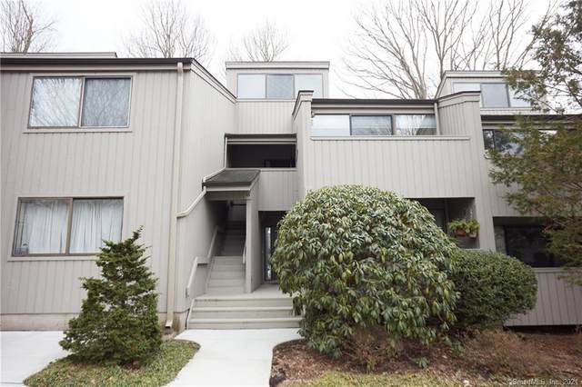 16 Whitney Glen #16, Westport, CT 06880 (MLS #170367681) :: Tim Dent Real Estate Group