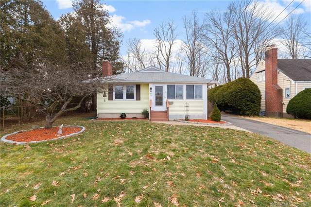72 Cooper Hill Street, Manchester, CT 06040 (MLS #170368033) :: Galatas Real Estate Group