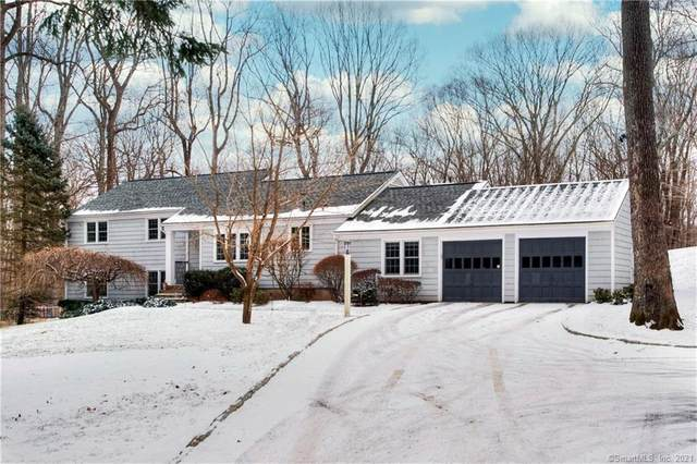 17 Great Hill Road, Weston, CT 06883 (MLS #170368056) :: Tim Dent Real Estate Group