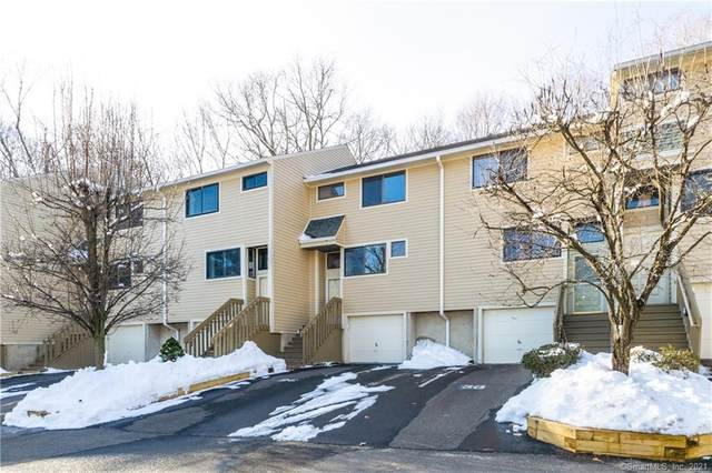 26 Sunrise Hill Road #26, Norwalk, CT 06851 (MLS #170368506) :: Tim Dent Real Estate Group