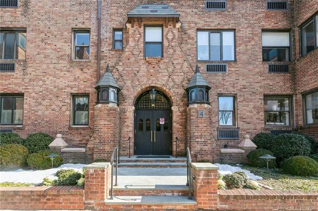 4 Lafayette Court 1A, Greenwich, CT 06830 (MLS #170370776) :: Kendall Group Real Estate | Keller Williams