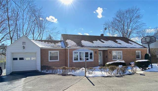 8 Lower Rocks Lane, Norwalk, CT 06851 (MLS #170371413) :: Tim Dent Real Estate Group