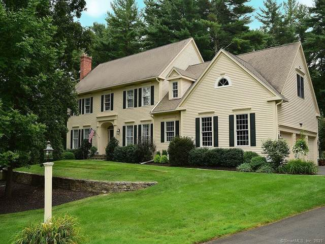 15 Old Stone Crossing, Simsbury, CT 06092 (MLS #170371745) :: Tim Dent Real Estate Group