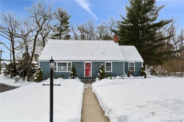 3 Stevens Street, Avon, CT 06001 (MLS #170372333) :: Carbutti & Co Realtors