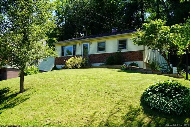 38 Blackberry Road, Danbury, CT 06811 (MLS #170373021) :: Tim Dent Real Estate Group