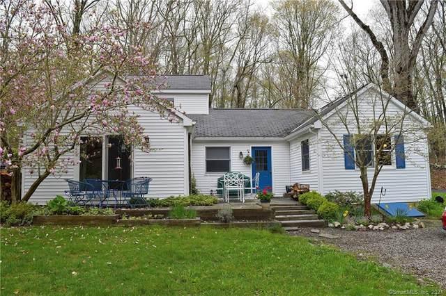 30 Meadow Woods Road, Essex, CT 06426 (MLS #170374602) :: Around Town Real Estate Team