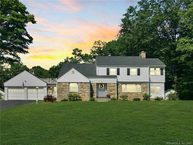 5 Springwood Drive, Trumbull, CT 06611 (MLS #170375075) :: Team Feola & Lanzante | Keller Williams Trumbull