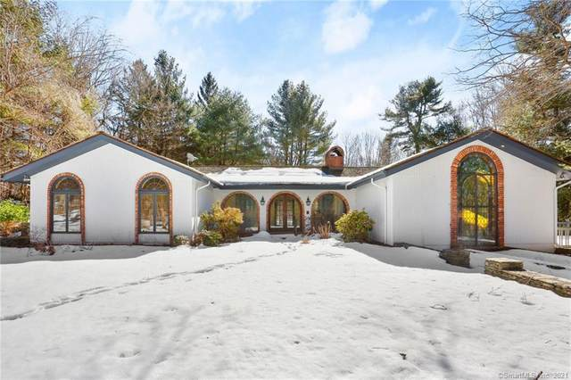 3 Sweetbrier Trail, Easton, CT 06612 (MLS #170375257) :: Team Feola & Lanzante | Keller Williams Trumbull