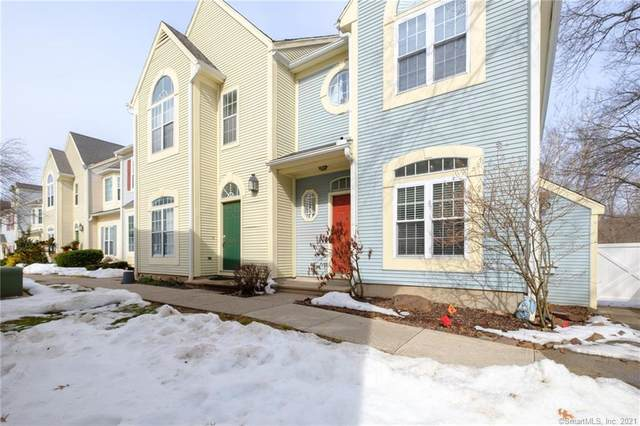 410 Cambridge Commons #410, Middletown, CT 06457 (MLS #170375615) :: Around Town Real Estate Team