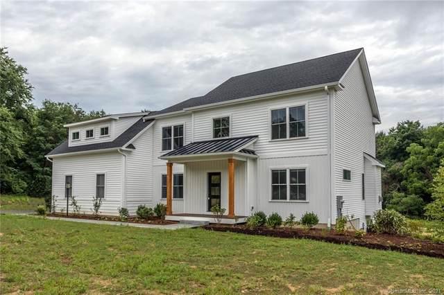 3 Cornfield Ridge, Newtown, CT 06470 (MLS #170375662) :: Spectrum Real Estate Consultants