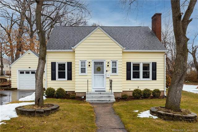 15 Liberty Street, Manchester, CT 06040 (MLS #170376251) :: Carbutti & Co Realtors