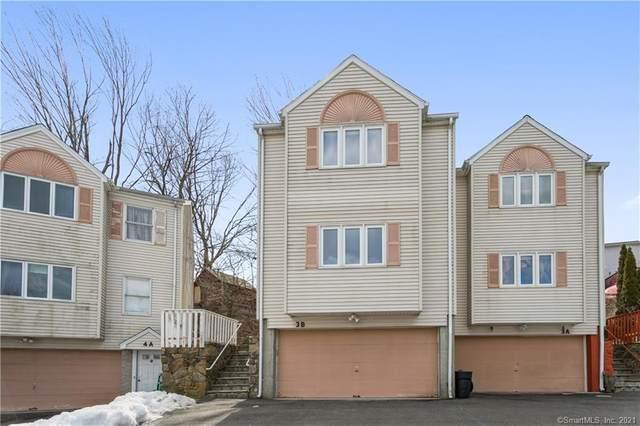 3 Hill Court B, Norwalk, CT 06850 (MLS #170376304) :: Carbutti & Co Realtors