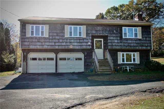 8 Kay Lane, Newtown, CT 06470 (MLS #170376560) :: Carbutti & Co Realtors