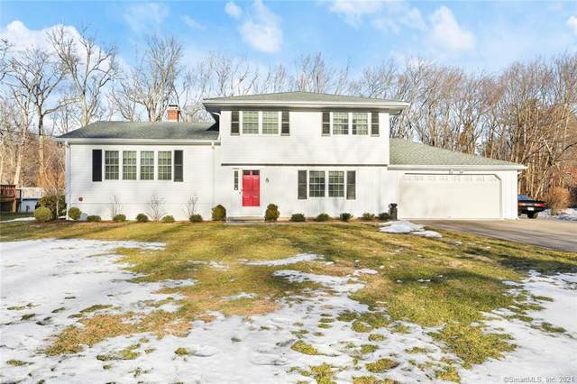8 Holiday Drive, Norwalk, CT 06851 (MLS #170376625) :: Carbutti & Co Realtors