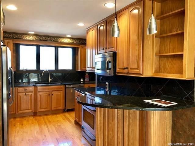 392 Trailsend Drive #392, Torrington, CT 06790 (MLS #170376874) :: Carbutti & Co Realtors