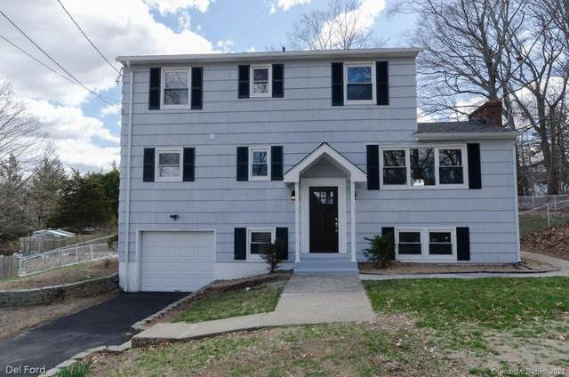 16 Crestview Drive, Montville, CT 06382 (MLS #170377391) :: Next Level Group