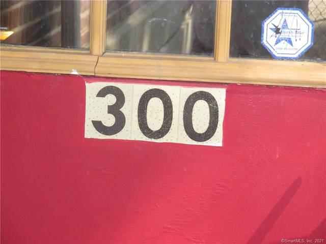 300 N Bishop Bldg 94 #18, Bridgeport, CT 06610 (MLS #170377564) :: Around Town Real Estate Team