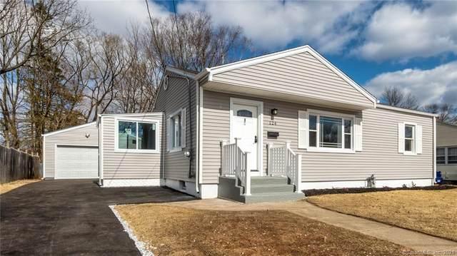 124 Twin Brook Road, Hamden, CT 06514 (MLS #170377566) :: The Higgins Group - The CT Home Finder