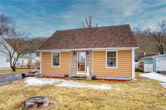 8 Manor Road, East Haven, CT 06512 (MLS #170377734) :: The Higgins Group - The CT Home Finder