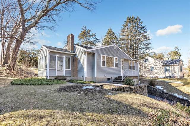 118 Shelton Avenue, Shelton, CT 06484 (MLS #170378406) :: The Higgins Group - The CT Home Finder