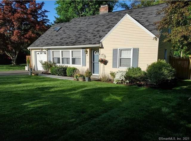 19 Long Hill Drive, Stamford, CT 06902 (MLS #170378447) :: Spectrum Real Estate Consultants
