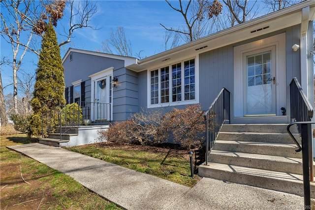 48 Meadow Wood Road, Branford, CT 06405 (MLS #170379617) :: Spectrum Real Estate Consultants