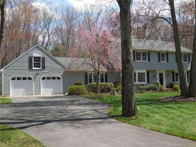 17 Colonial Drive, Bethel, CT 06801 (MLS #170379866) :: The Higgins Group - The CT Home Finder