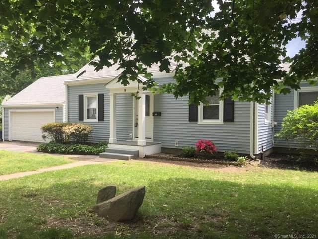 16 E Pasadena Place, Bridgeport, CT 06610 (MLS #170379873) :: Spectrum Real Estate Consultants