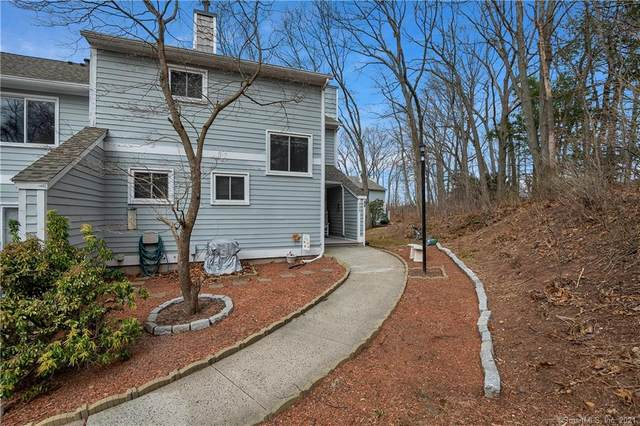 204 Golf Drive #204, East Haven, CT 06512 (MLS #170380058) :: Forever Homes Real Estate, LLC