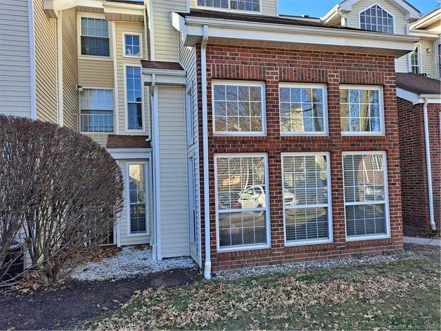 43 Carriage Crossing Lane #43, Middletown, CT 06457 (MLS #170380077) :: Spectrum Real Estate Consultants