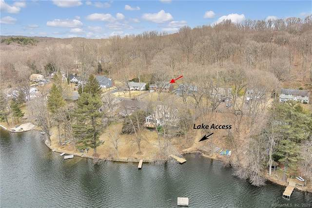 158 Pinewood Trail, Trumbull, CT 06611 (MLS #170380236) :: Spectrum Real Estate Consultants