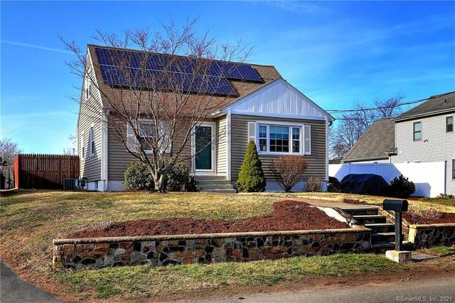 131 S End Road, East Haven, CT 06512 (MLS #170380693) :: Carbutti & Co Realtors