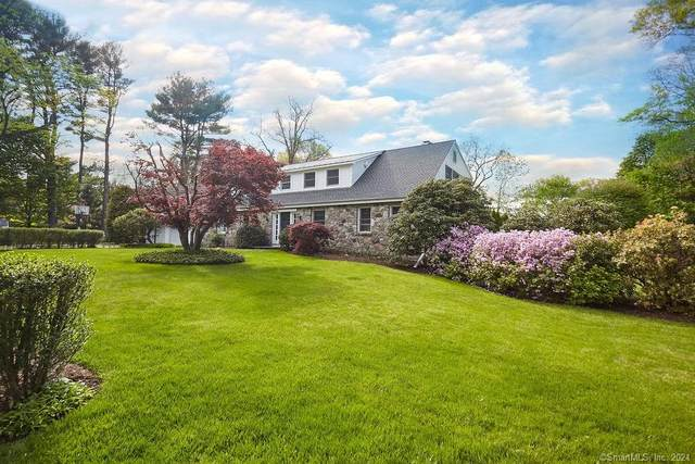 3 Country Road, Westport, CT 06880 (MLS #170380865) :: The Higgins Group - The CT Home Finder